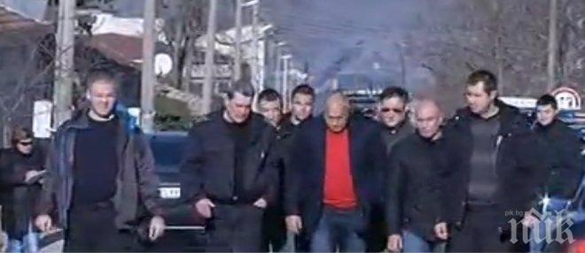 ИЗВЪНРЕДНО В ПИК! Борисов пристигна в Хитрино: Жертвите ще са повече от пет, една цистерна пропуска гориво (ОБНОВЕНА)