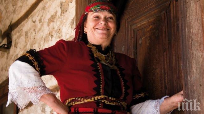 Честито! Валя Балканска навършва 75