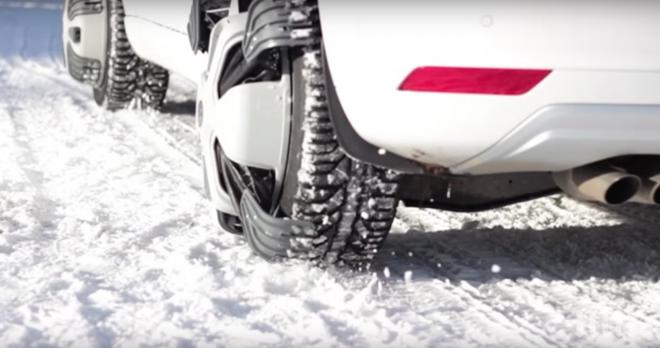 Когато нищо не е в състояние да извади колата ви от снега и калта: Пробвайте тези шипове (ВИДЕО)