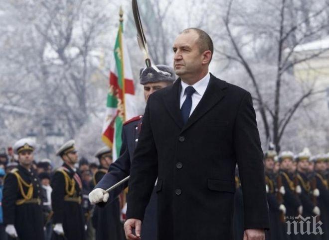 Президентът Румен Радев ще произнесе слово и ще поднесе венец пред паметника на Васил Левски в София