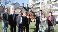 Кандидатът за депутат Нона Йотова: Хубаво е да си пазим традициите, те съхраняват българщината