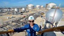 Саудитска Арабия свали цената на петрола