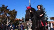 Корнелия жонглира с дълга, молете се Румен Гечев да не гълта огън в цирка на БСП