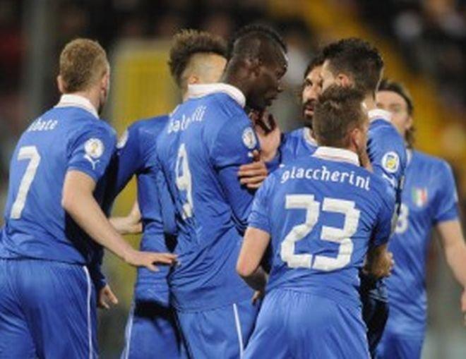 Балотели изкара Италия до поредна победа, Буфон спаси дузпа