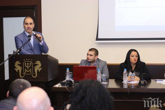 Цветанов във Варна: Ще провокираме обществен дебат за въвеждането на доброволни тестове за наркотици на подрастващите