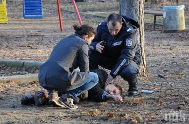 ЖЕСТОКО: 23-годишен мъж преби ученик с палка