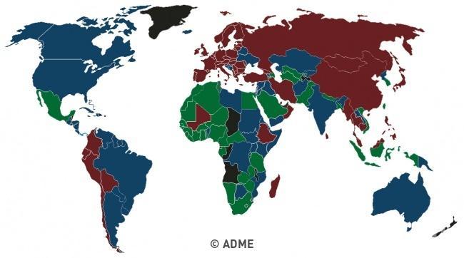 Паспортите по света са само в 4 цвята - ето защо