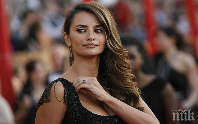 Пенелопе Крус ще играе ролята на Донатела Версаче във филм за убийството на модния ас