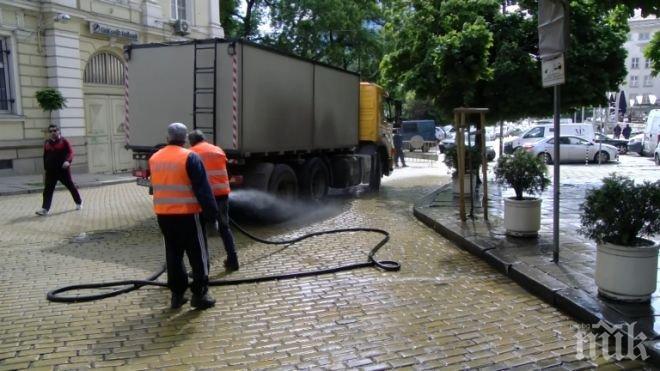 Започва пролетното почистване на улиците в София