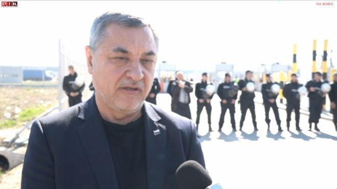 ИЗВЪНРЕДНО ПОЛОЖЕНИЕ! Валери Симеонов пред ПИК от границата: Напрежението расте! Ще пазим България с телата си - нека полицията ни извлече насила (ВИДЕО)