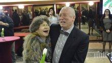 ЕКСКЛУЗИВНО В ПИК! Стоянка Мутафова дойде с усмивка на юбилея на Сатиричния театър (ВИДЕО/СНИМКИ)