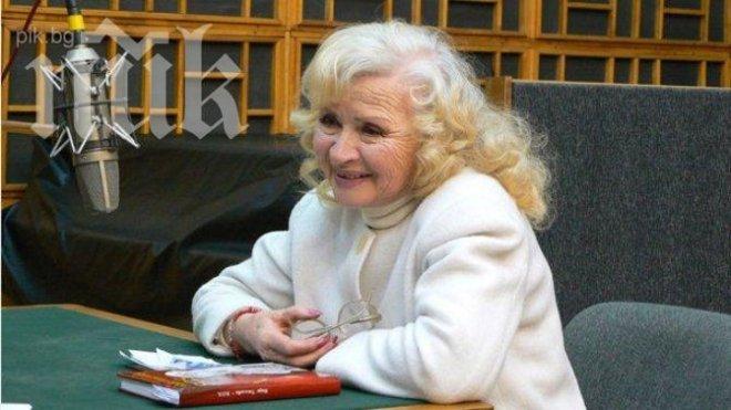 Актрисата Надя Топалова: Майсторка съм на сладкишите