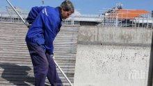 Шок в Пловдив! Мъртва риба изплува в Гребния канал