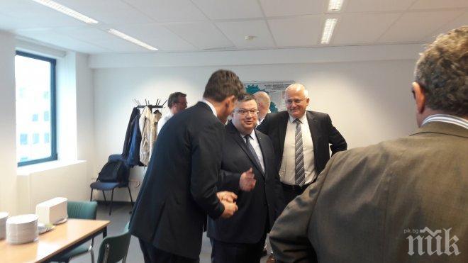Цацаров обсъди с белгийски си колега Фредерик Ван Льов реформата в белгийската прокуратура (СНИМКИ)