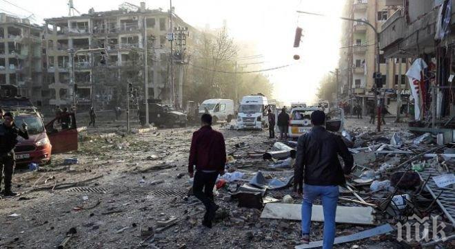 ДРАМА! Бомба уби 11 сватбари от едно семейство в Афганистан