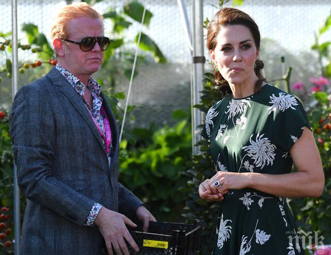 Естествена! Кейт Мидълтън се появи на ежегодното Цветно шоу в Челси
