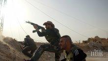 """Терористи срещу терористи: """"Ислямска държава"""" и """"Джебхат ан-Нусра"""" се биха на живот и смърт"""
