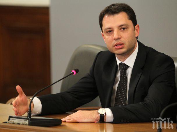 Делян Добрев: Няма как по европейските изисквания руски газопровод да стигне до Варна