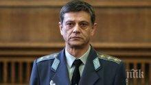 Генерал Попов открива приемни в Пловдив и Съединение