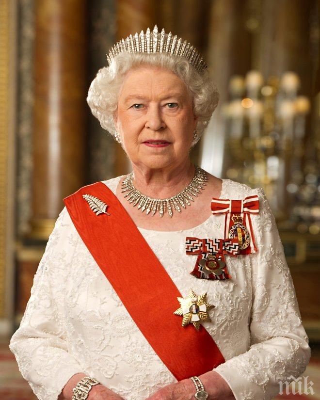 Кралица Елизабет II: Основната цел на правителството на Тереза Мей ще бъде споразумението за Брекзит