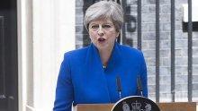 """Премиерът на Великобритания иска мащабно национално разследване след пожара в """"Гренфел Тауър"""""""