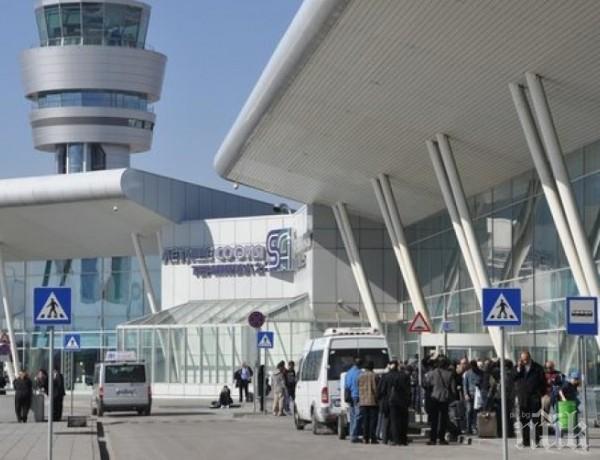 Летището отчете 37% повече пътници