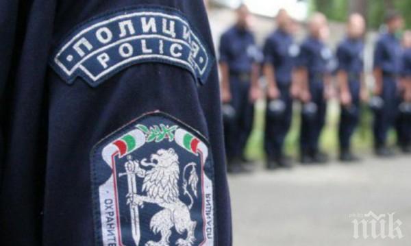 ПОЛИЦИЯТА НА БУНТ! Задава се вълна от регионални протести заради заплатите - първият е в София