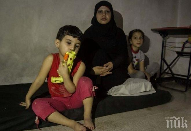 Ужас! Около 50 000 мирни жители са блокирани в сирийския град Ракка