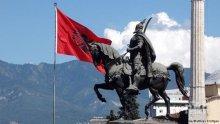 Обвиниха премиера на Албания, че се държи като шарлатанин с туристите