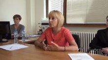 """МОДЕРНОТО РОБСТВО! Мая Манолова след среща със служители на """"Пикадили"""": Налице са всички пробойни на трудовото законодателство"""