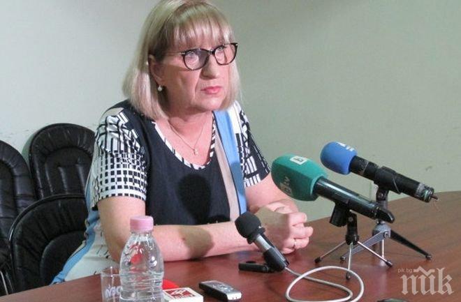 Цачева обеща до края на годината да има антикорупционен закон