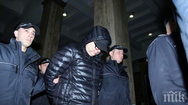Култ! Превеждат всички документи по делото за Логвиненко на руски