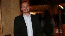 ТВЪРДА ПОЗИЦИЯ! Ангел Джамбазки удари рамо на Валери Симеонов за среднощните акции по морето