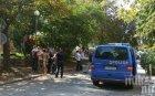 ИЗВЪНРЕДНО В ПИК! Мъж застреля жена си пред заведение в София (ОБНОВЕНА)
