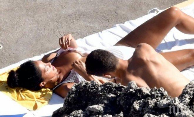 ГОРЕЩО! Лъснаха още голи СНИМКИ на Никол - ето какво прави с Гришо... (18+)