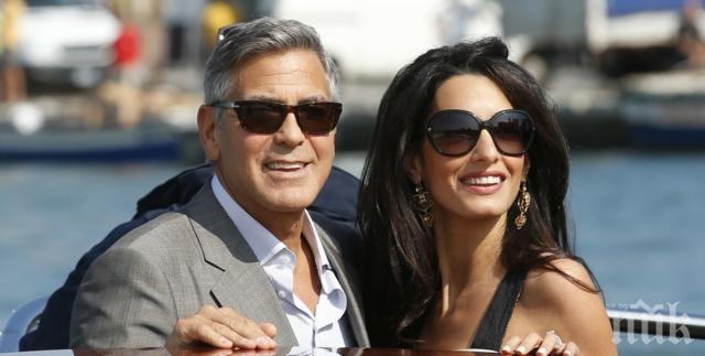 Джордж Клуни чакал 20 минути на колене Амал да отговори на най-важния въпрос