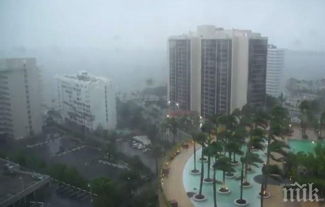 """Ураганът """"Ирма"""" удари Южна Флорида с 210 километра в час (ВИДЕО)"""