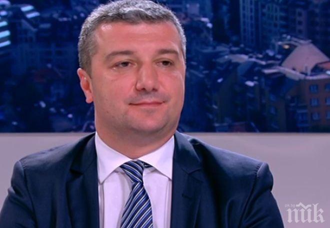 Депутатът от БСП Драгомир Стойнев зове веригите задължително да предлагат български храни на квотен принцип