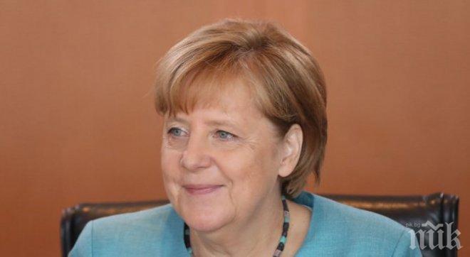 Меркел: Германия застава редом до Великобритания в борбата срещу тероризма