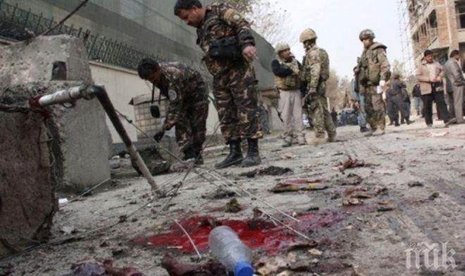 Двама полицаи са сред ранените след терористичната атака в Кабул