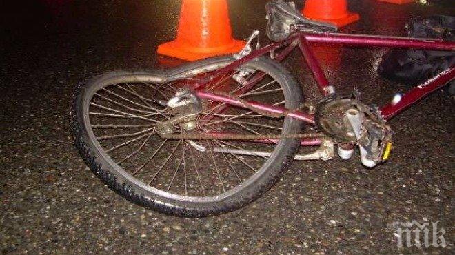 Кошмарна нощ във Варна! Моторист и велосипедист пострадаха в мелета на пътя