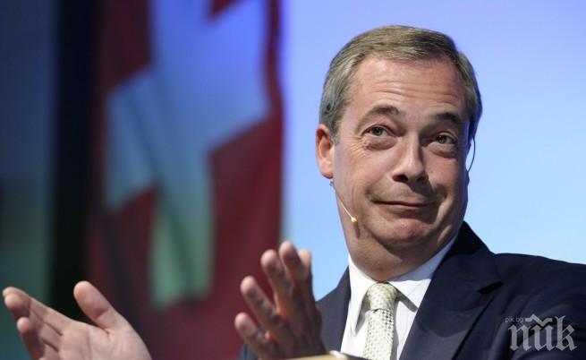 Найджъл Фараж: Жан-Клод Юнкер демонстрира антидемократичната посока, по която върви Европейския съюз