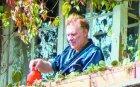 """САМО В ПИК И """"РЕТРО""""! Васко Кеца с нов имот за 200 бона - певецът заживя на цял етаж от кооперация, обзаведен като френски дворец"""