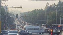 """ЕКСКЛУЗИВНО И САМО В ПИК! Страшна тапа на """"Орлов мост""""! Възловото кръстовище в София е като мравуняк (СНИМКИ)"""