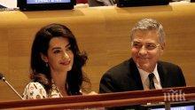 НЯМА ПОЧИВКА! Само три месеца след раждането Амал Клуни отново работи