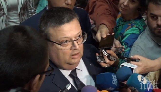 Цацаров: Отиващият си ВСС сам генерира част от скандалите, а други бяха инспирирани от извънпарламентарни сили