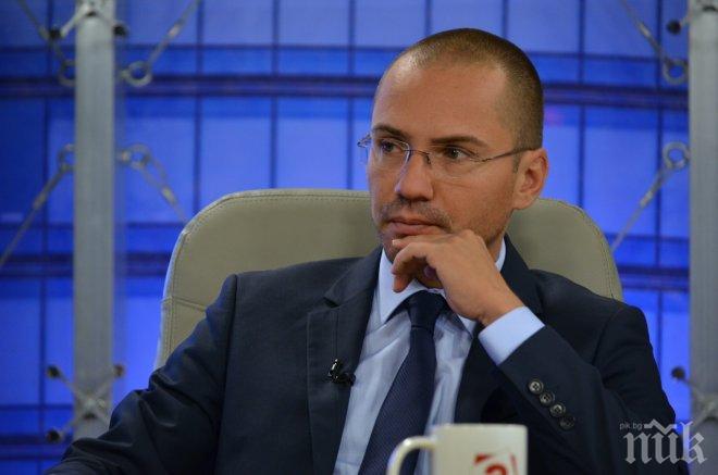 Евродепутатът Джамбазки за скандала с Добрев: Роднински назначения има от Хасково до Барселона