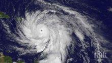 Сезонът на ураганите! Такова чудо никога не е било над Атлантическия океан