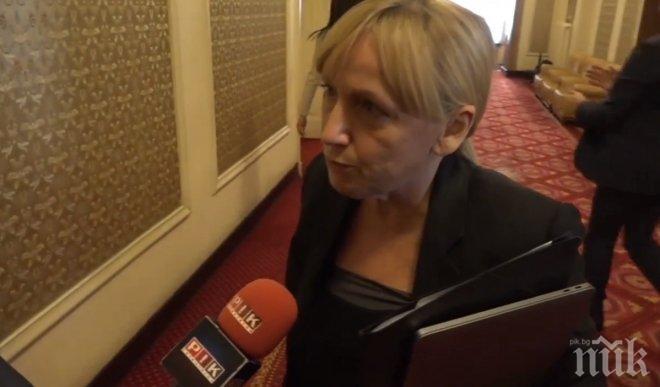 ЕКСКЛУЗИВНО В ПИК TV! Елена Йончева с първи думи след делото срещу Борисов - бяга от въпроси около аферата с 690-те хил. лева, прибрани от реклами в БНТ