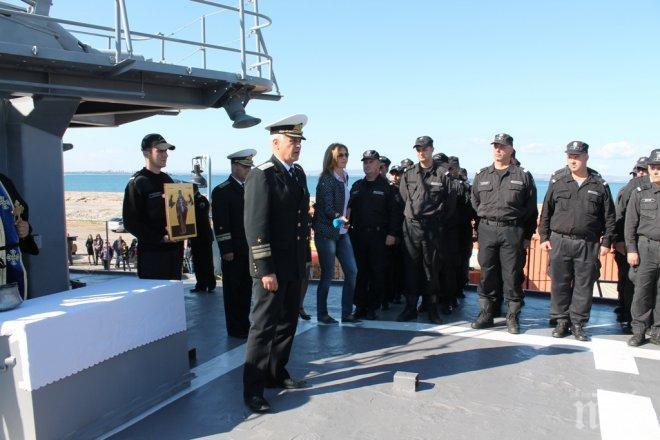 """Изпратихме фрегата """"Дръзки"""" в операцията на НАТО"""